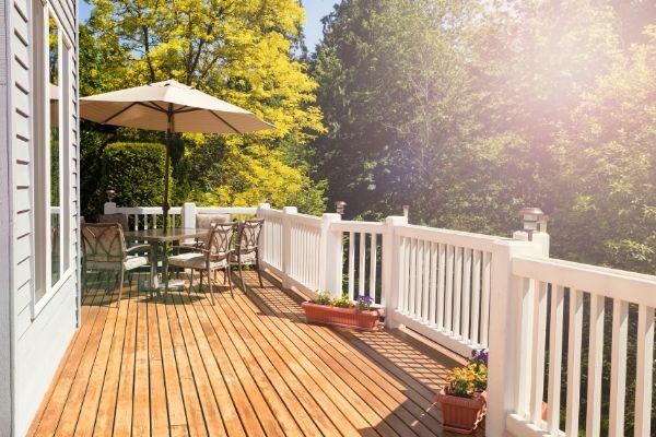 Dazzling Decks: Things to Consider Before You Swing the Hammer